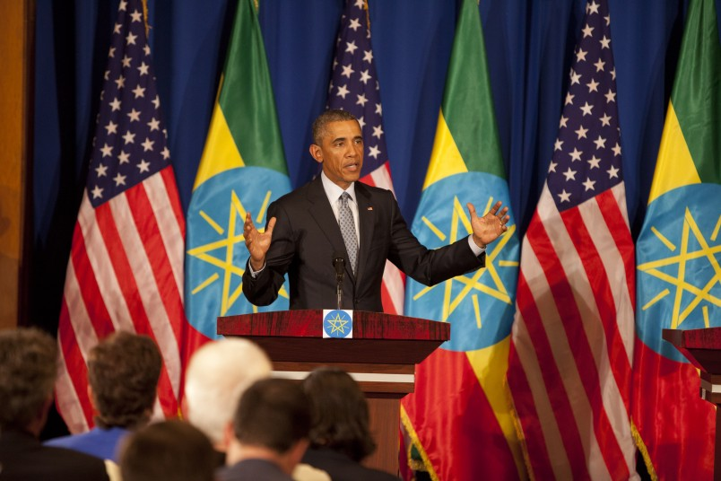 U.S. President Barack Obama gestures during a joint press conference with  Ethiopian prime minister Hailemariam Desalegn,  at the National Palace in Addis Ababa , Ethiopia, Monday, July 27, 2015.  (AP Photo/Sayyid Azim)