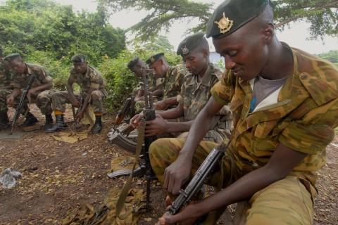 Burundi_peacekeepers_prepare_for_next_rotation_to_Somalia,_Bjumbura,_Burundi_012210_(4324781393)