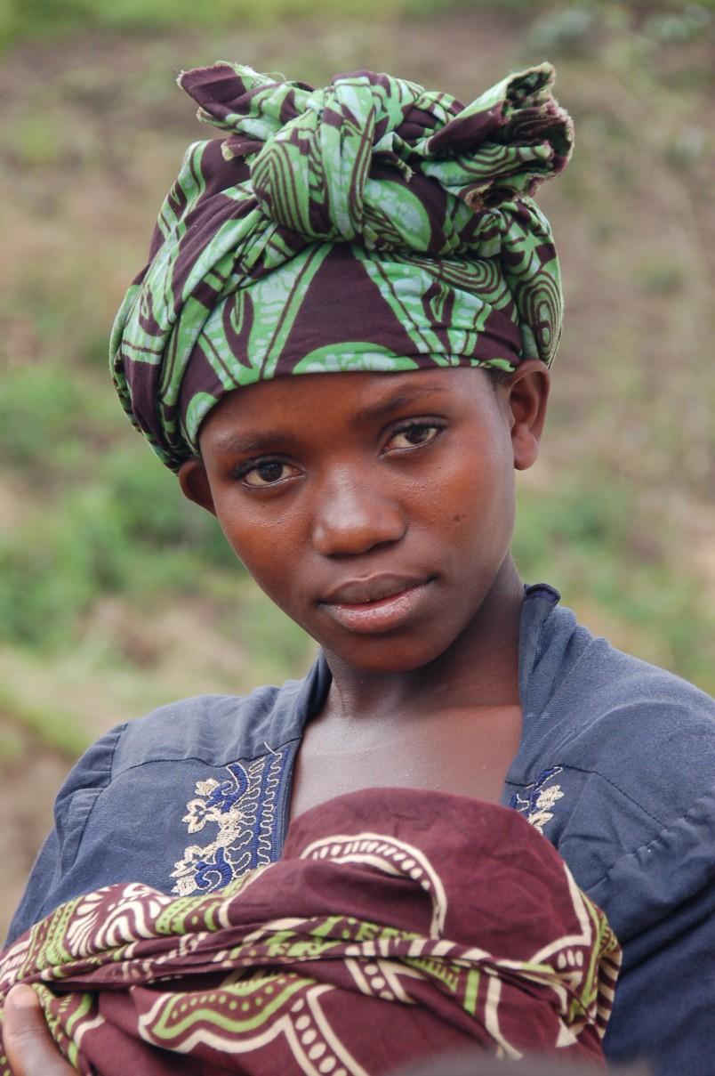 Uganda_-_Ruwenzori_Mountain_Lady