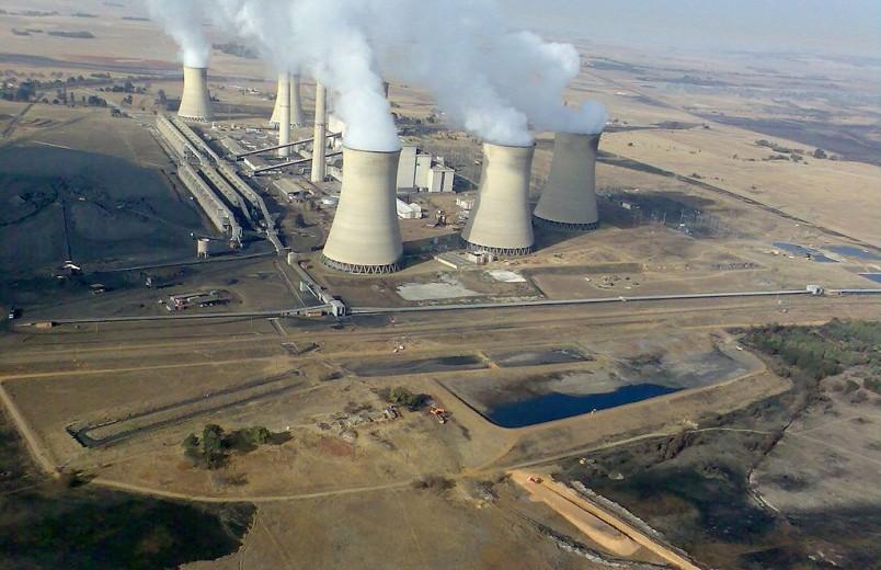 1024px-South_Africa-Mpumalanga-Middelburg-Arnot_Power_Station01