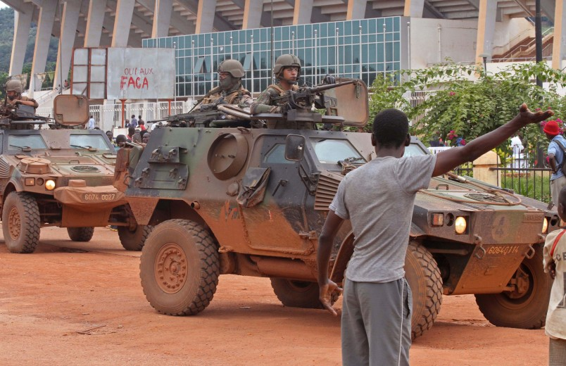 French peacekeeping soldiers patrol the city of Bangui, Central African Republic, Wednesday, Sept. 30, 2015.  42 deaths have been confirmed in Bangui since sectarian clashes erupted on Saturday between rivaling Christian and Muslim militias, but it is too dangerous for aid organizations to collect the bodies or help the wounded, according to Antoine Mbao-Bogo of The Red Cross. (AP Photo)