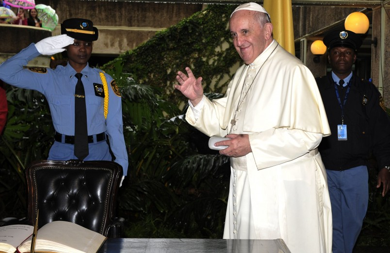 Pope Francis in Kenya: dialogue between Christians and Muslims
