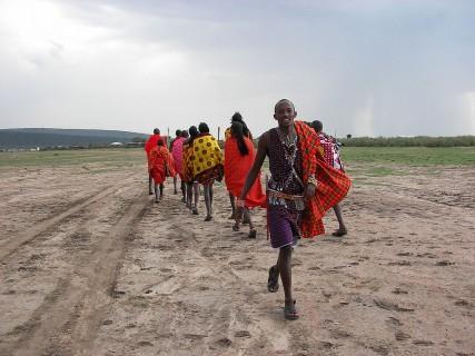 1280px-Maasai_People_Clothing