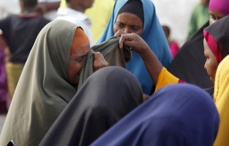 Kenya defends Dadaab plan; Buhari accused of plagiarizing Obama speech; Hinjan ship update