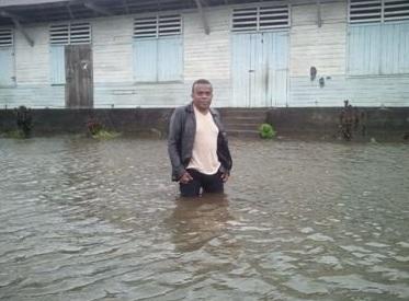 Madagascar: Slow storm Enawo tracks south with heavy rains