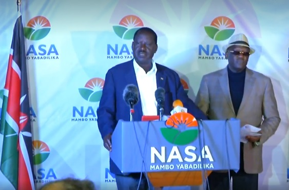 Kenya election: Odinga trailing, disputes 'fake' vote count