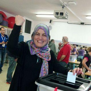 Moroccan immigrants vote on volatile Catalonia's independence