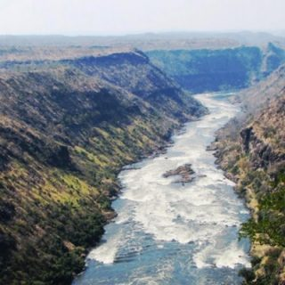 Zambezi River dam opposed over environmental, tourism impact