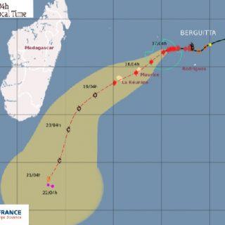 Mauritius braces for Tropical Cyclone Berguitta