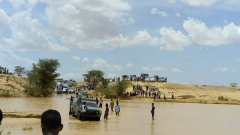2 die in Somalia flooding ahead of tropical storm landfall