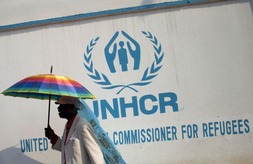 Global leaders adopt New York Declaration at U.N. summit on refugees, migrants