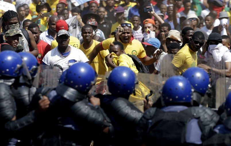 South African campuses see new wave of student protests, closures