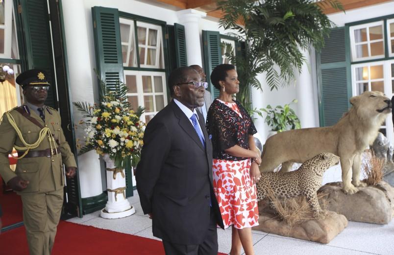 Mugabe returns