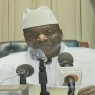 Gambian leader Jammeh banned from entering U.S.