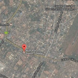 Calabar: At least 3 dead as Nigerian police HQ is set ablaze in clash with navy