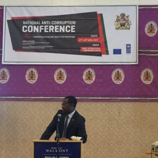 In wake of Malawi corruption conference, Mutharika admits pervasive graft