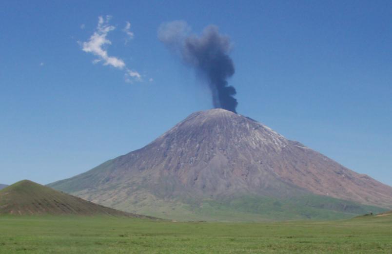 Tanzania: GPS sensor data at Ol Doinyo Lengai points toward eruption