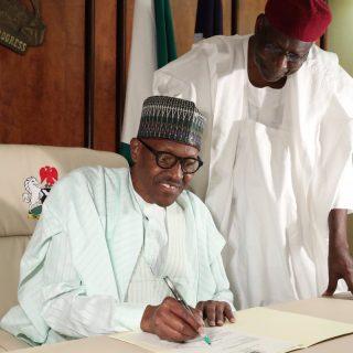 Buhari notifies Nigerian legislature that he is resuming his duties