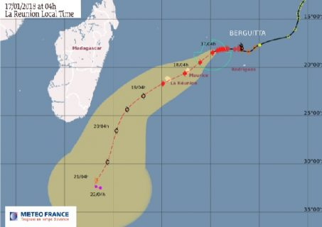 Mauritius braces for Tropical Cyclone Berguitta