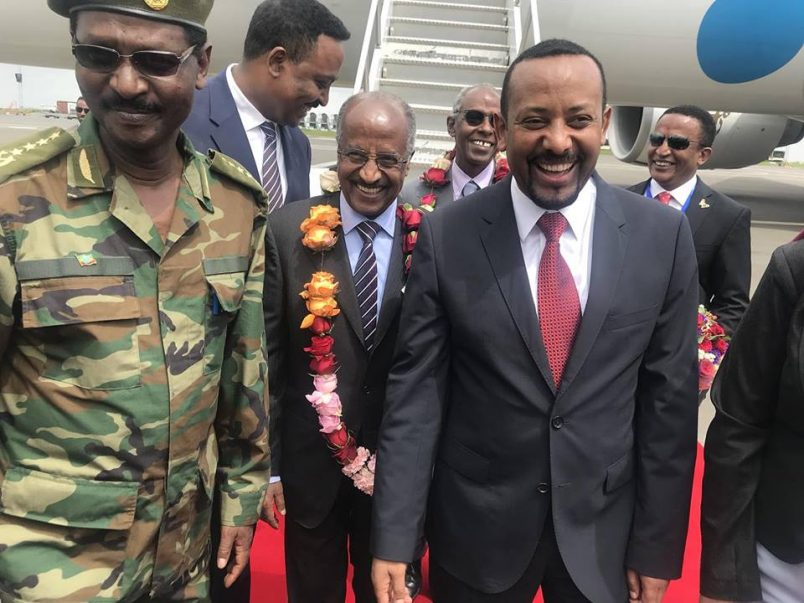 Ethiopian PM heads for historic talks in Eritrea