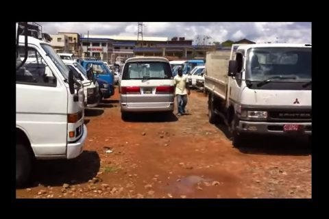 Report: Cars dumped in Africa are wrecking health, environment