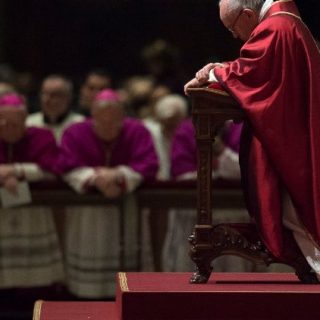 Pope's message on U.S. clergy abuse reaches global Catholics