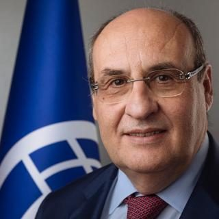 UN migration agency welcomes new director
