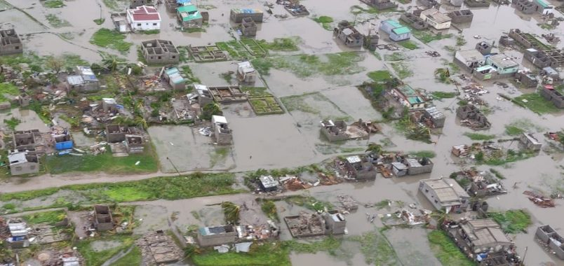 Mozambique mourns as heat, heavy rains complicate Idai response