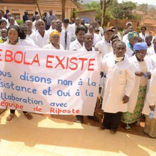 Ebola deaths reach 900 amid DR Congo security crisis