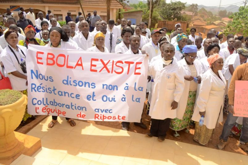 Ebola deaths reach 900 amid DR Congo security crisis