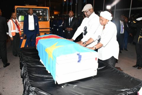 Congolese welcome home the body of Etienne Tshisekedi