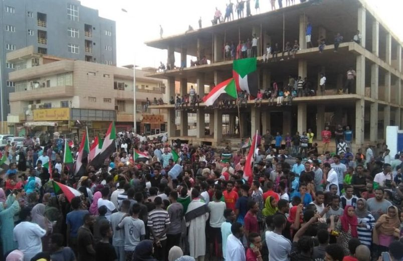 Sudanese activists welcome transition deal