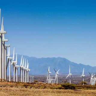 Kenyatta on hand to commission Africa's largest wind power project