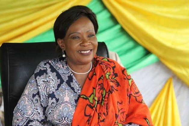 U.S. group calls on Harvard to revoke Zimbabwe first lady's 'award'