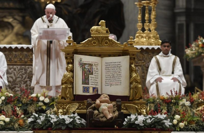 On Christmas Eve, Pope Francis speaks a message of love